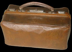 English: Photo of luggage