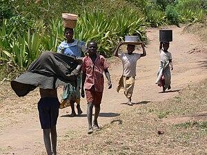 Children hauling water in Malawi