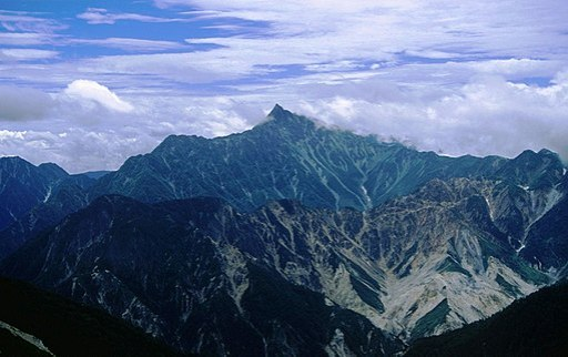 Mount Yari from Mount Noguchigoro 1995-08-13