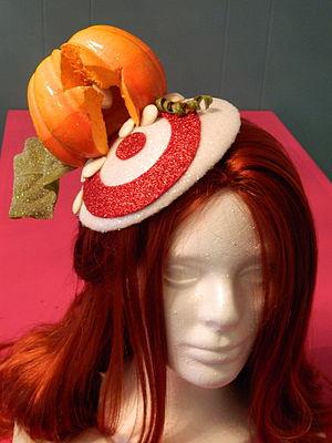 English: Punkin hat Fascinator- Fan Art
