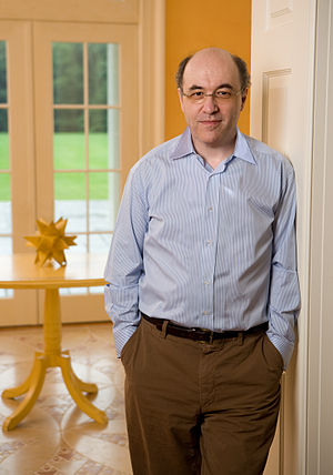 Publicity photo of en:Stephen Wolfram.