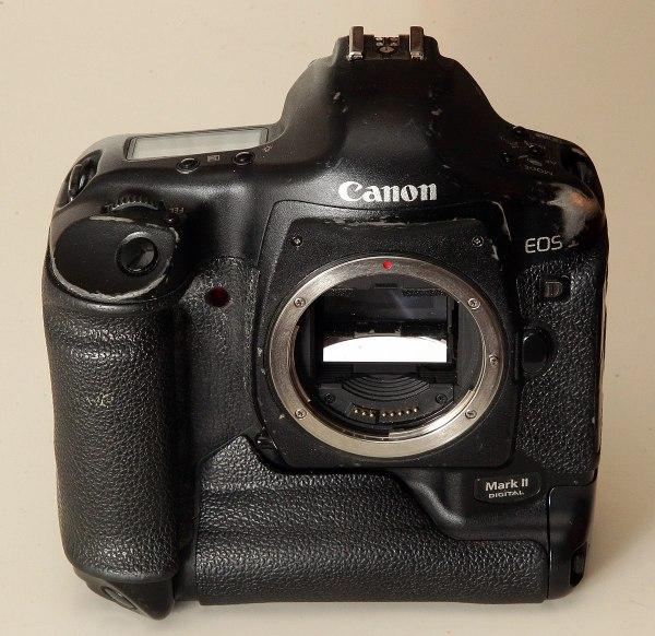 Canon EOS-1D Mark II — Википедия