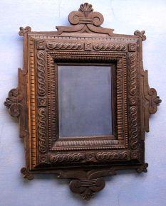 File:Studiolo di michelangelo il giovane, specchio da parete.JPG