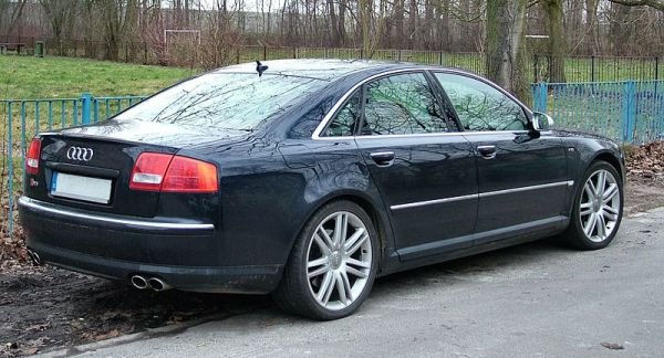 FileAudi S8 V10 black with blue fencejpg Wikimedia Commons