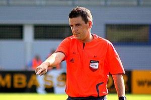 de: Christian Dintar, Fußballschiedsrichter vo...