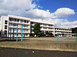 桶川市立加納小學校 - Wikipedia