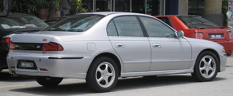 http://upload.wikimedia.org/wikipedia/commons/thumb/f/f0/Proton_Perdana_(V6)_(first_generation,_second_facelift)_(rear),_Serdang.jpg/800px-Proton_Perdana_(V6)_(first_generation,_second_facelift)_(rear),_Serdang.jpg