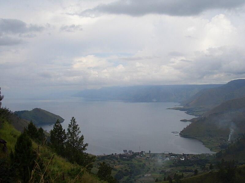 Berkas:Toba Lake View.JPG