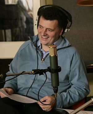 English: Steven Moffat recording. the DVD audi...