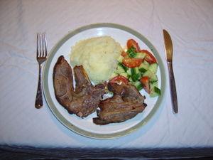 Lamb chops with mash