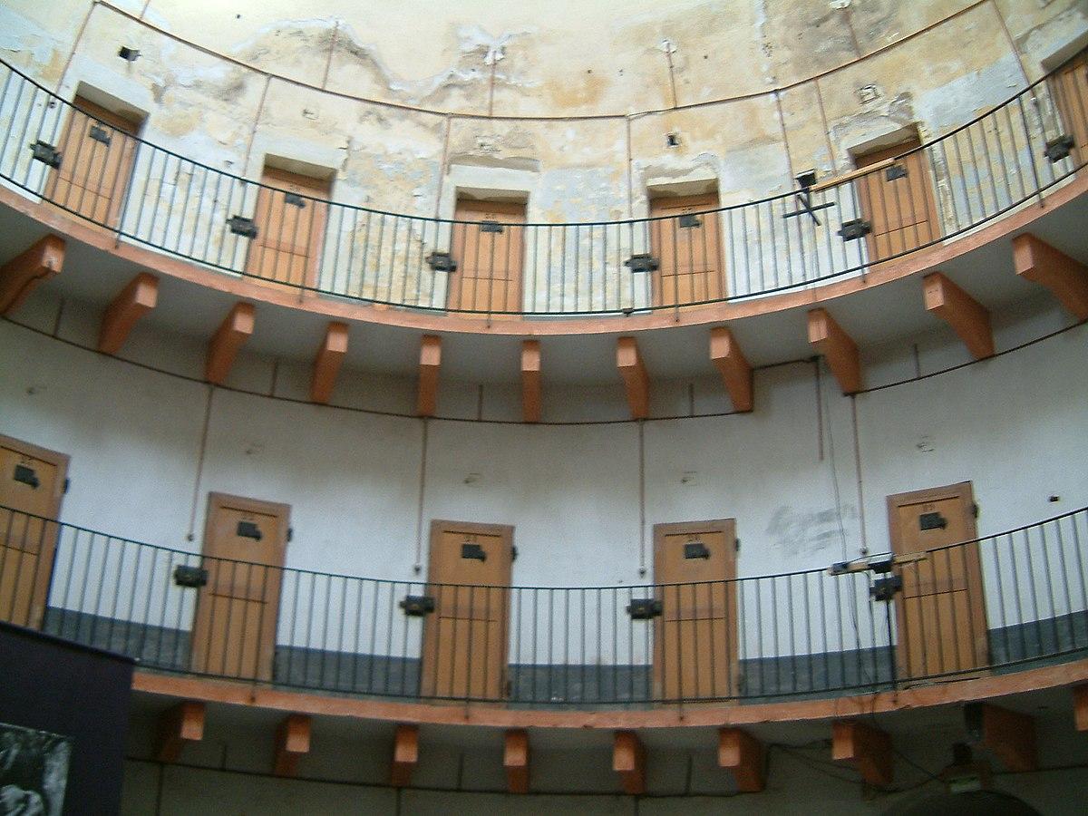 Prison Circulaire DAutun Wikipdia