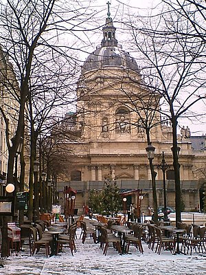 The Sorbonne covered in snow. Euskara: Sorbona...