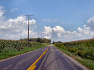 The mental state of highway hypnosis can occur...