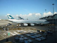 Cathay Pacific aircraft at Hong Kong Internati...
