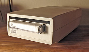 English: A Colorado brand tape drive with magn...
