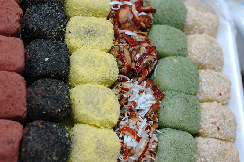 Berkas:Korean rice cake-Tteok-Gyeongdan-02.jpg