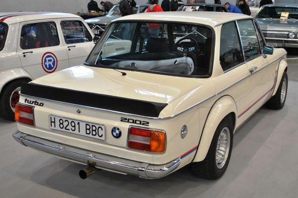 File:V Retro Auto&Moto Galicia, BMW 2002 Turbo, 1975, 2000 ...