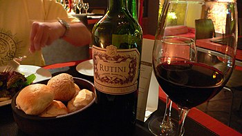 """Dinner with a Rutini Malbec in """"Lomo,&quo..."""