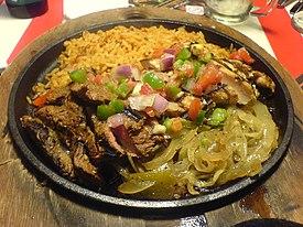 Flickr elisart 324248450--Beef and chicken fajitas.jpg