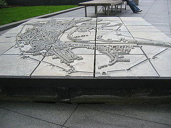 English: Lines of Communication. A model the fortifications built around London during the English Civil War viewed from the west.