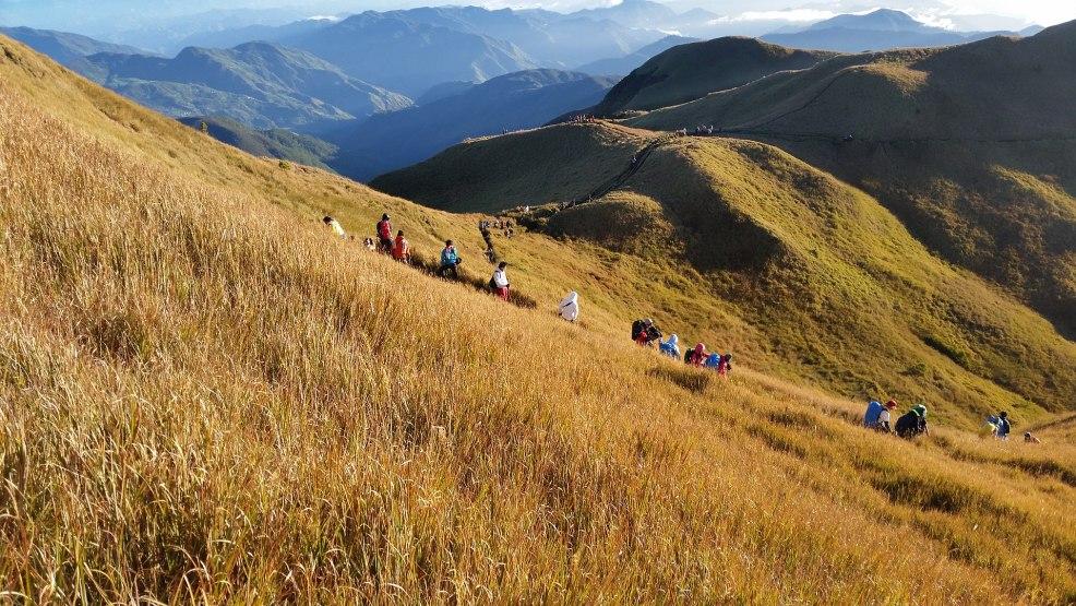 Baguio tourist spots, Baguio travel guide, Mt Pulag National Park, Baguio itinerary