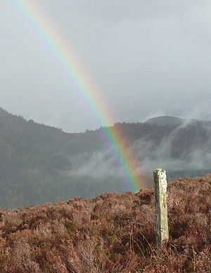 English: Pot of gold under post! Consolation p...