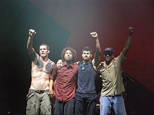 Rage Against The Machine End of set, before le...