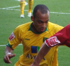 Elliott Omozusi