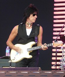 https://i1.wp.com/upload.wikimedia.org/wikipedia/commons/thumb/f/fa/JeffBeckCrossroads2007.jpg/220px-JeffBeckCrossroads2007.jpg