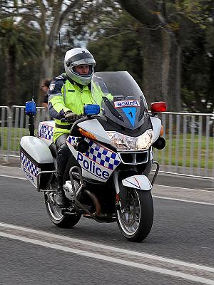 English: Victoria Police motorcycle policeman ...