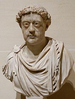 Leo I Louvre Ma1012 n2.jpg