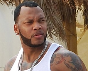 English: Rapper Flo Rida on the set of the mus...