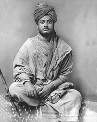 Primeira foto conhecida de Swami vivekananda como um monge errante em Jaipur [45]