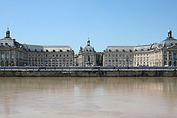 English: The Place de la Bourse, in Bordeaux, ...