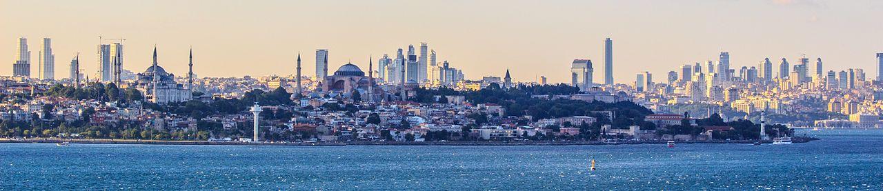 Istanbul Panorama. (Photo: Wikimedia Commons authors Ben Morlok and Cavann)