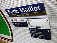 Porte Maillot  Paris M    tro    Wikipedia Platform Signage  exit and interchange signs