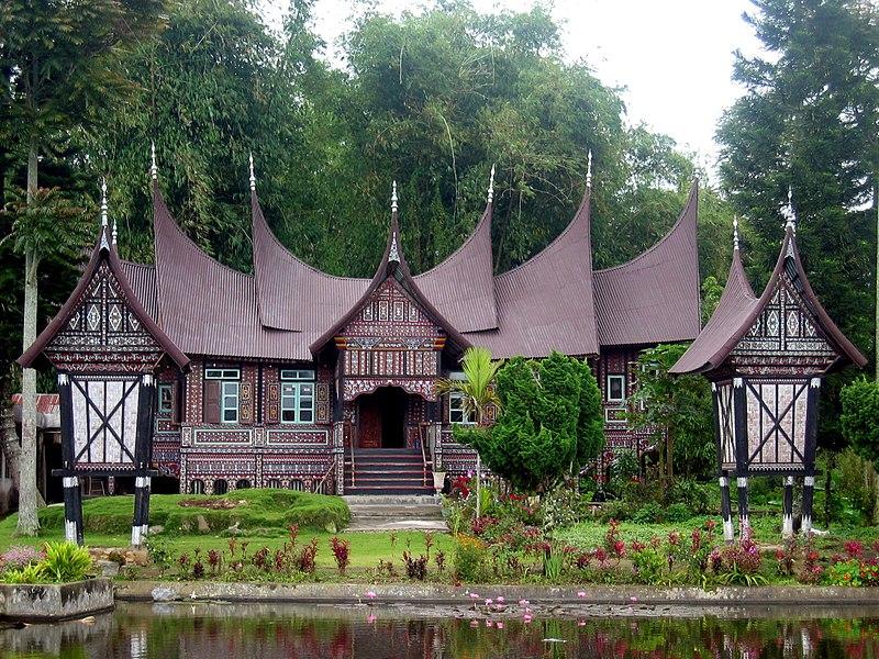 Fichier:Rumah Gadang.jpg
