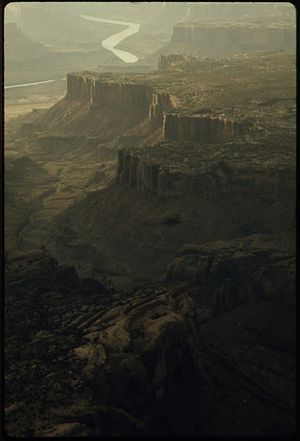 DEAD HORSE STATE PARK AND THE GORGE OF THE COL...