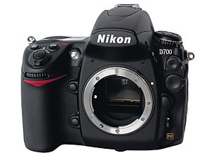 English: Nikon D700, body front view Deutsch: ...