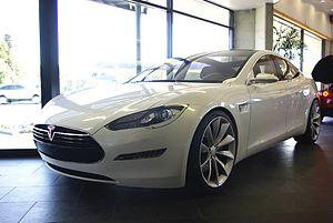 English: Tesla Model S sedan