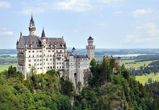 English: Castle Neuschwanstein Deutsch: Schlos...