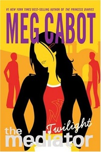 https://i1.wp.com/upload.wikimedia.org/wikipedia/en/2/22/Twilight_by_Meg_Cabot_cover.jpg