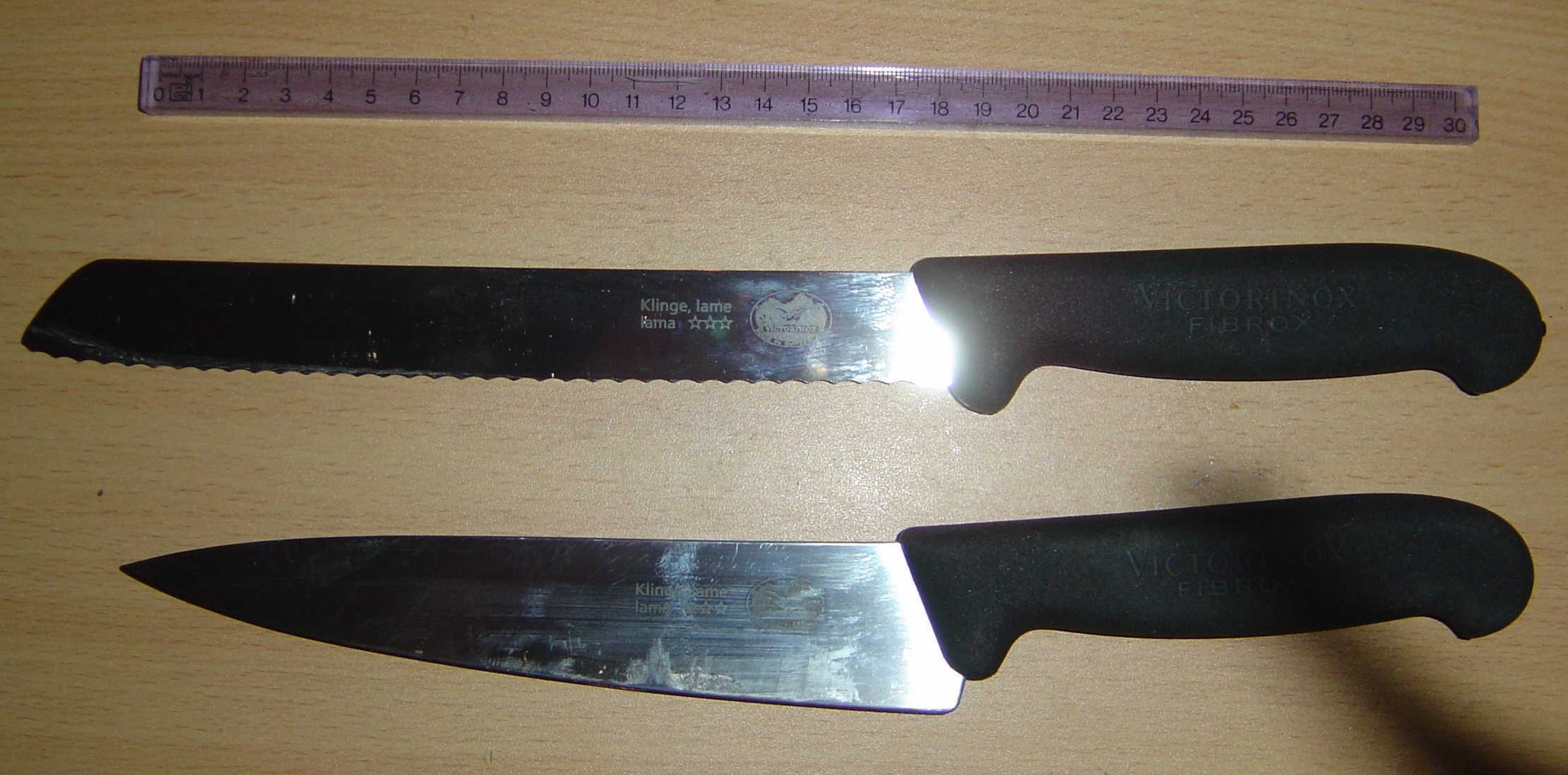 Filevictorinox Bread And Kitchen Knives Jpg