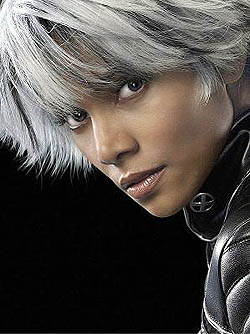 Halle Berry as Storm in X-Men: The Last Stand ...
