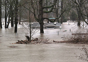A flooded area and building just off Snoqualmi...