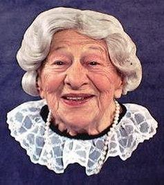 https://i1.wp.com/upload.wikimedia.org/wikipedia/en/thumb/8/89/Clara_Peller_publicity_headshot.jpg/237px-Clara_Peller_publicity_headshot.jpg
