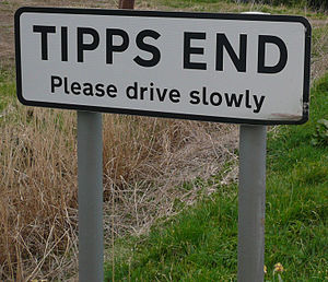 Picture of Tipps End road sign
