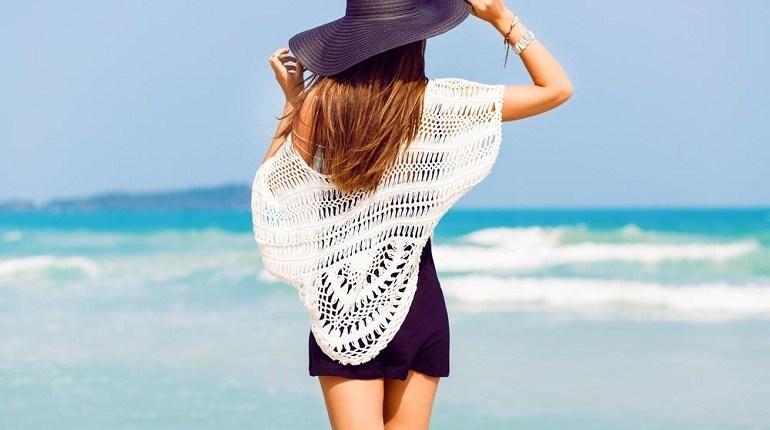 BEACH LOOKS