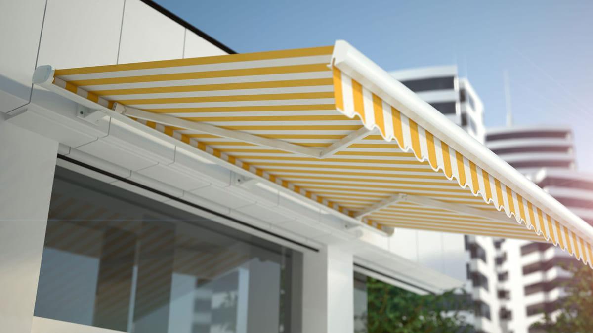 Manutenzione tende da sole con tessuto para' tempotest ® · dopo aver spazzolato, risciacquare accuratamente per rimuovere totalmente il sapone. Protezioni Solari Come Proteggere La Casa E Godersi Il Sole