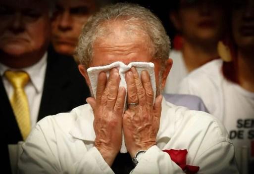 Resultado de imagem para TRE do Paraná nega pedido de Lula para votar na PF